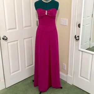 NWOT Pink Rhinestone Bridesmaid Prom Dress